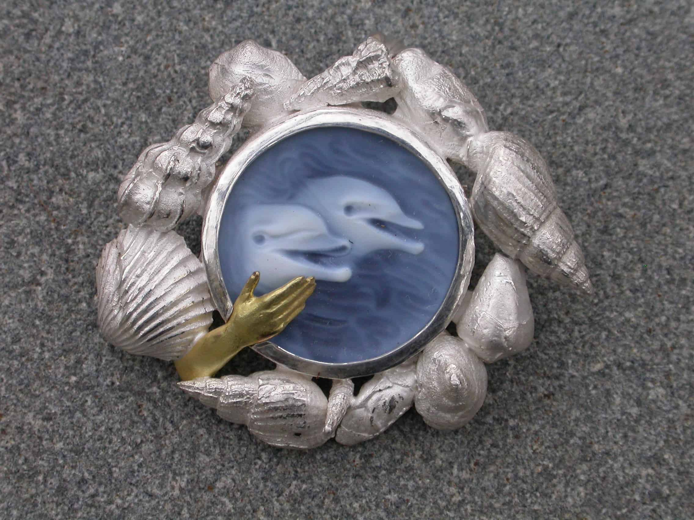 Unique brooch, dolphin love, agate, sterling silver, 18ct gold