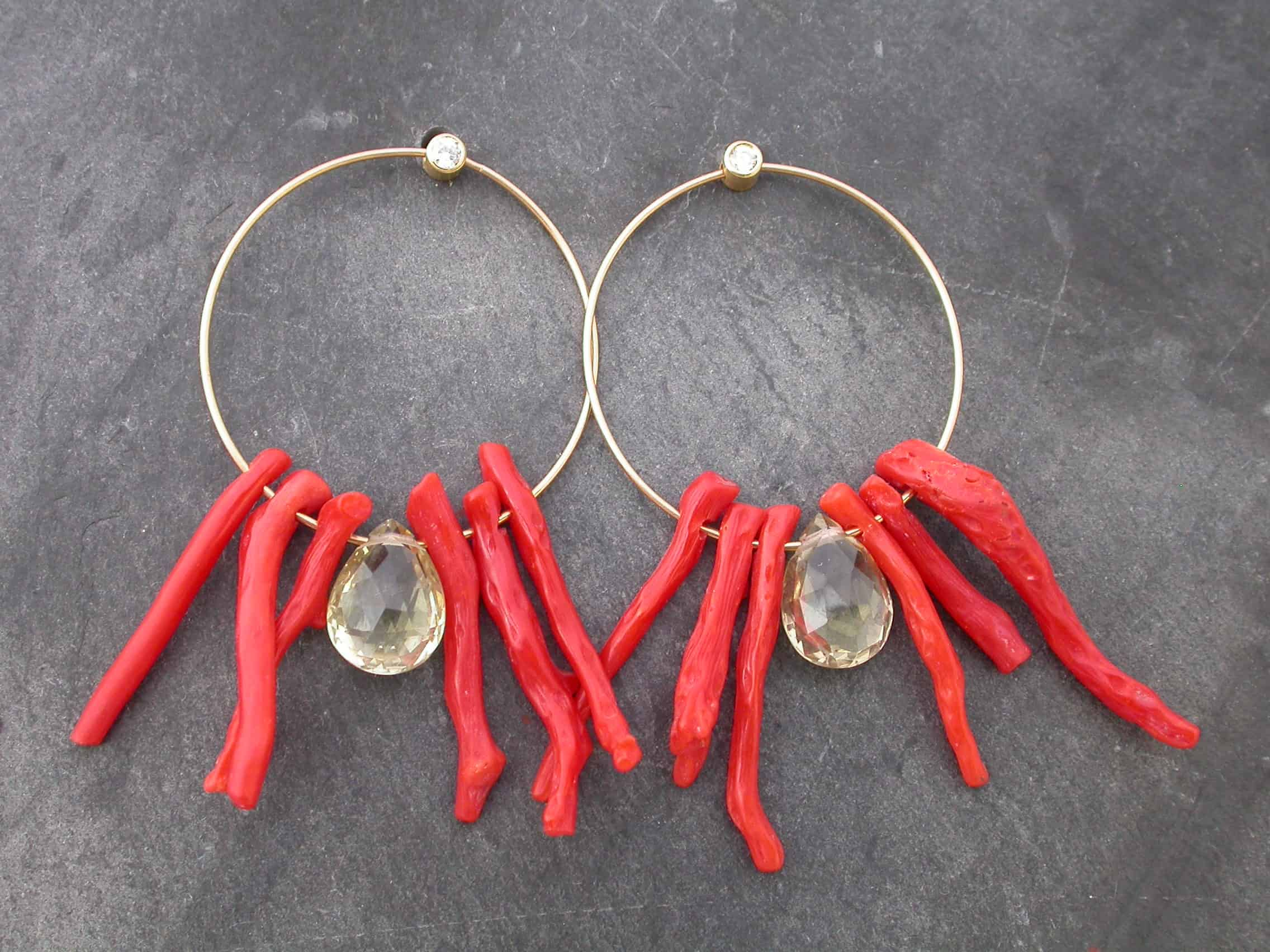 Unique earrings, coral, gold beryl, 18 ct gold