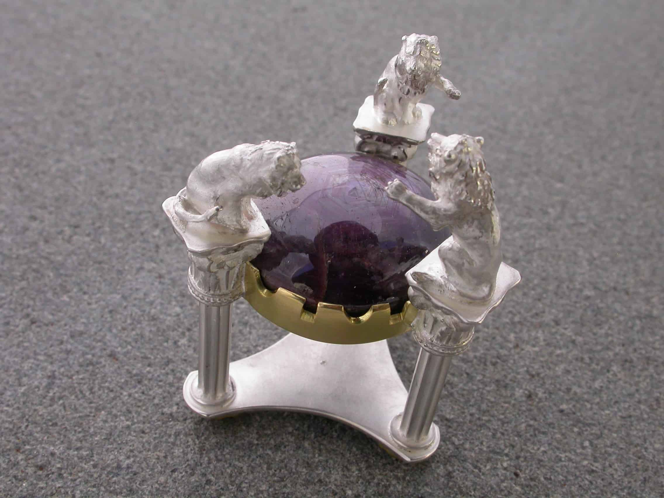Unique ring lions, sterling silver, 18ct gold, star ruby, sapphire 2
